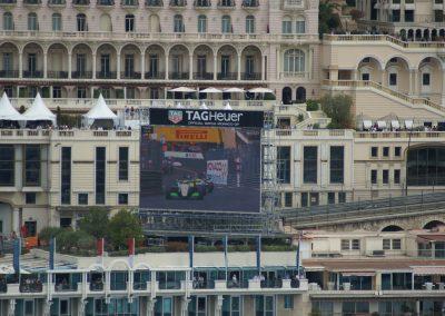 Und wenn das Rennen mal zu weit weg war, dann gabs ein paar Bildschirme