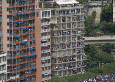 Die Balkone der Bewohner waren gut besucht :-)