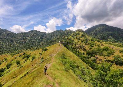 Auf dem Weg zum Tempel Pia Batu Kursi