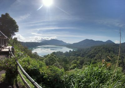 Aussicht von den Twin Lakes Lake Buyan and Lake Tamblingan