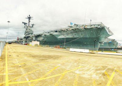 Die USS Hornet: Einer der letzten nicht nuklear-betriebenen Flugzeugträger der ESSEX-Klasse