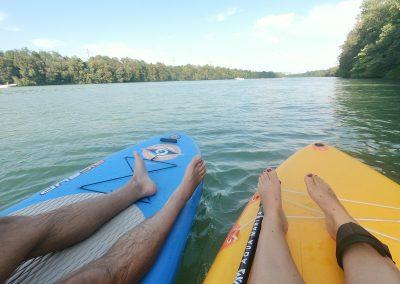 Auch am Rhein ist eine Pause möglich...fest verankert am Bootsanlegesteg